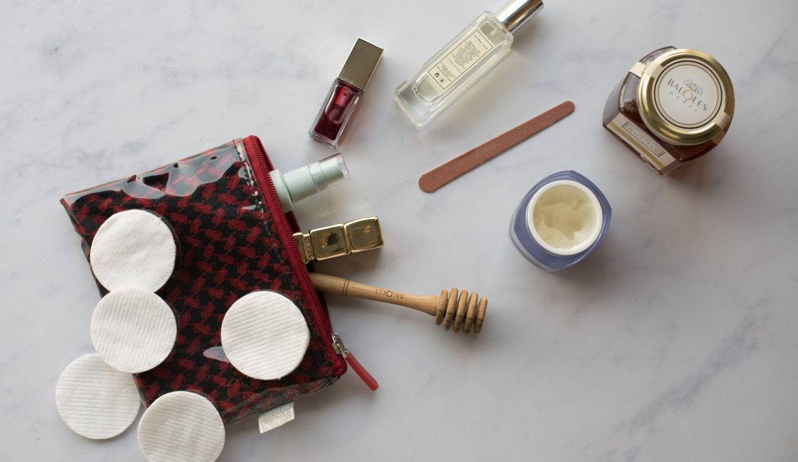 make up bag with raw honey